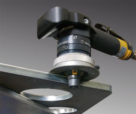 Saar-Hartmetall USA announces line of hand-held beveling tools