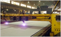 Shipbuilder finds a clean-air solution for plasma cutting with a modular dust collector